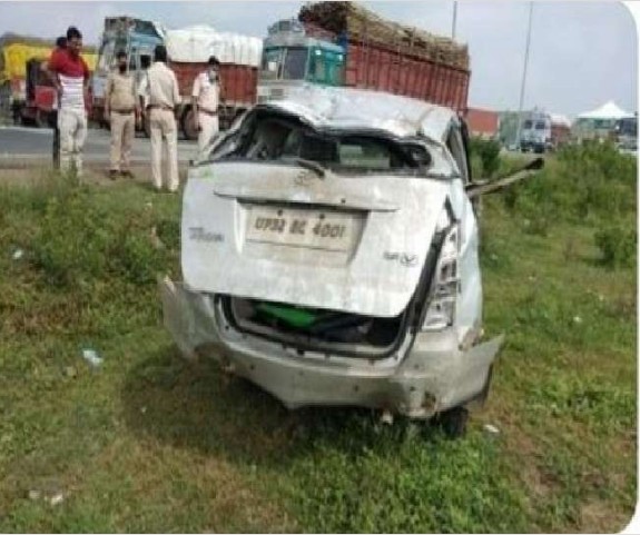 UP Police's Car Overturns While Bringing Gangster Firoz Ali From Mumbai To Lucknow, Gangster Dies