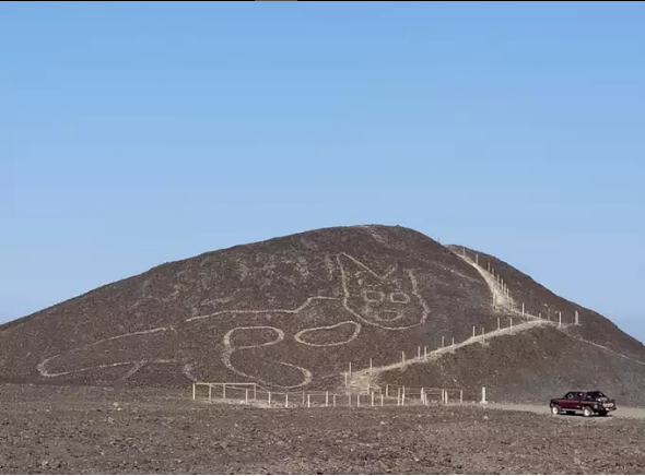2200-Year-Old 121-Foot-Long 'Cat' From The World's Mysterious Desert