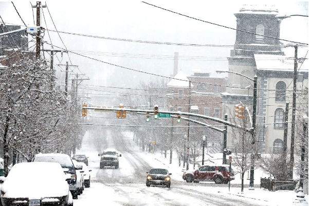 Powerful Storms Heading To U.S. Coast Predict Heavy Snowfall In Several Cities, Including New York And Boston