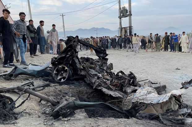 Bombing Outside Afghan School Kills at Least 50, With Girls as Targets