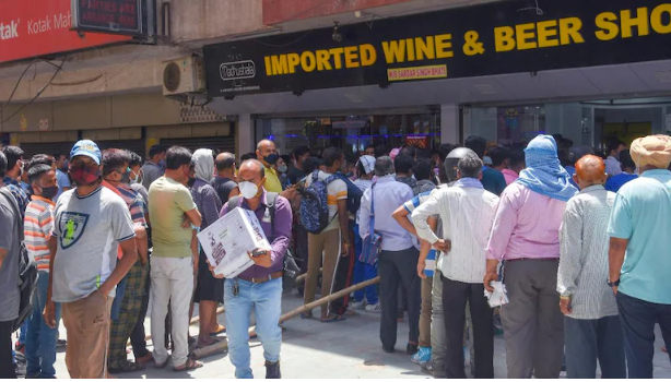 Delhi Govt Permit Home Delivery Of Liquor By Ordering Through Mobile And Online Web Portal!